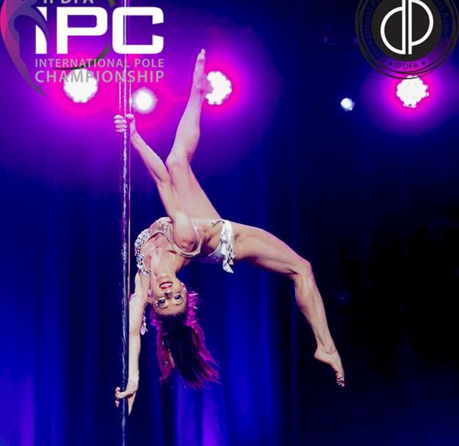 Joanna wins at the International Pole Championships